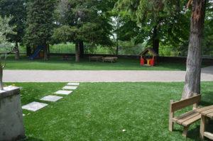 Giardini in erba sintetica a Broglie