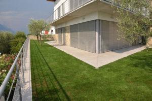 Giardini in erba sintetica a Malcesine
