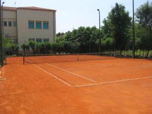 Realizzazione campo da tennis a Scandolara